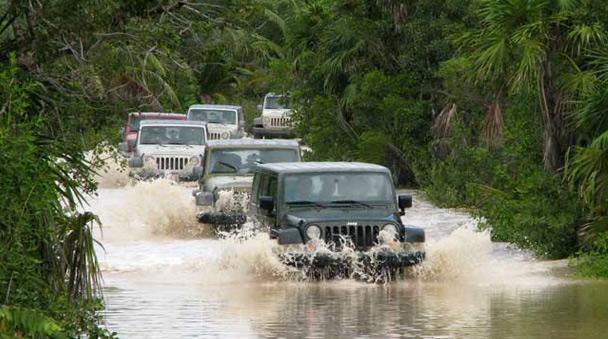 Джип сафари после проливных дождей. Сиан Каан. Мексика