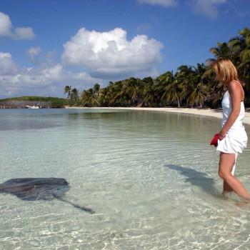 plyazh-ostrova-Kontoy-Kankun-Meksika