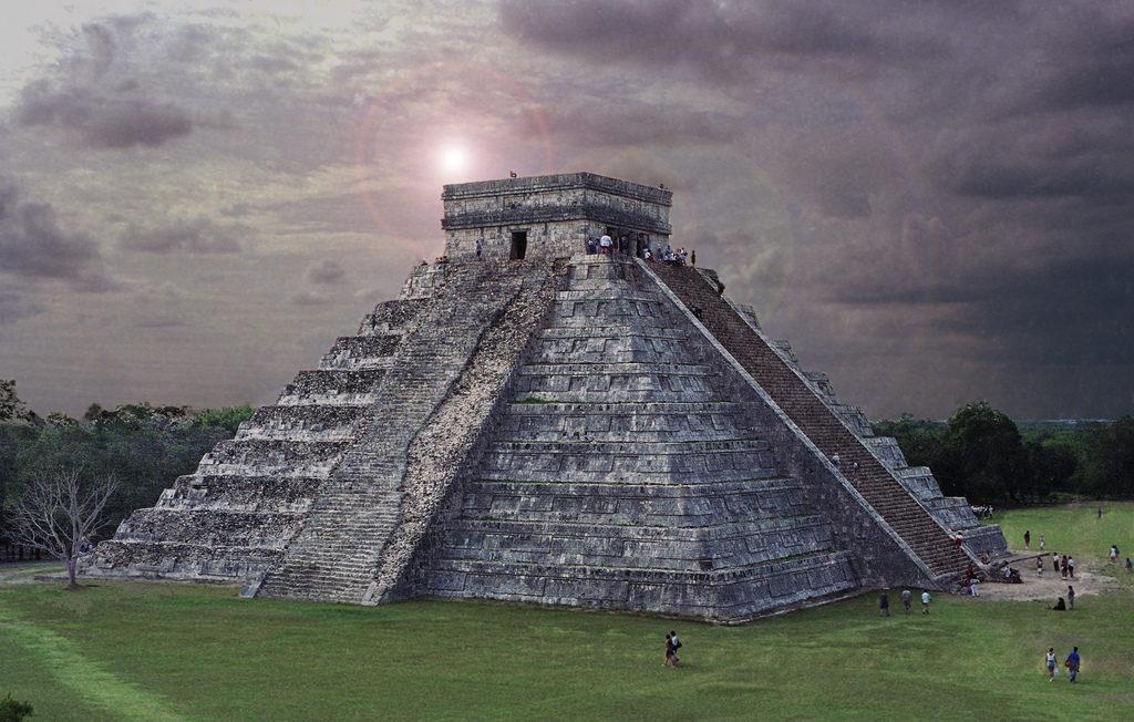 Пирамида в Чичен Ице