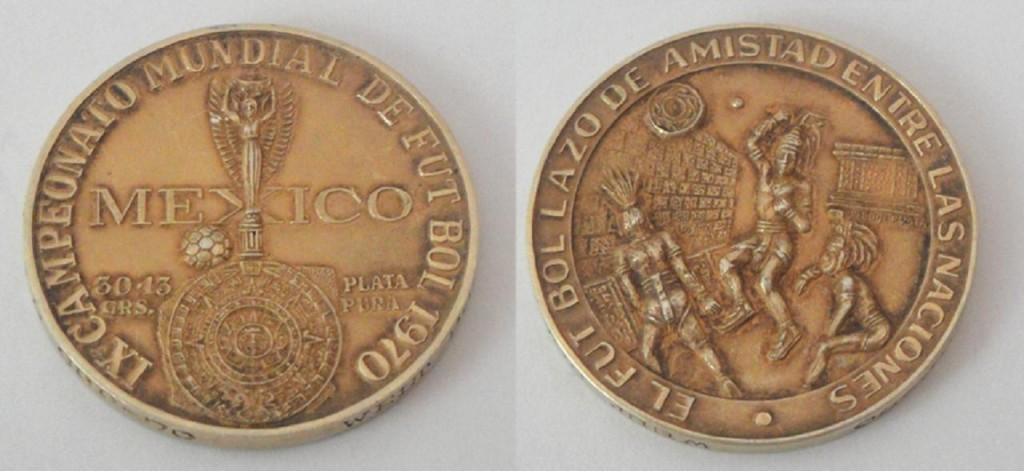 Мексиканская монета, выпущенная к чемпионату по футболу в Мехико 1970