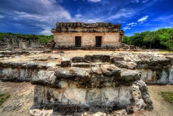 Руины города Эль Рей в Кануне. Развалины в Канкуне. Исторические и археологические памятники в Канкуне