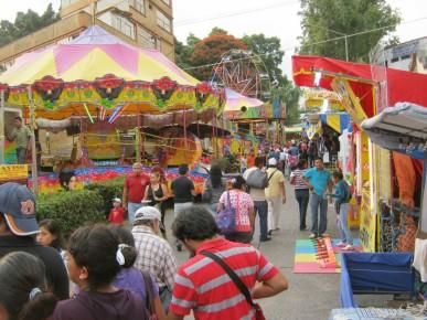Весення ярмарка в Куэрнавака, Морелос, Мексика