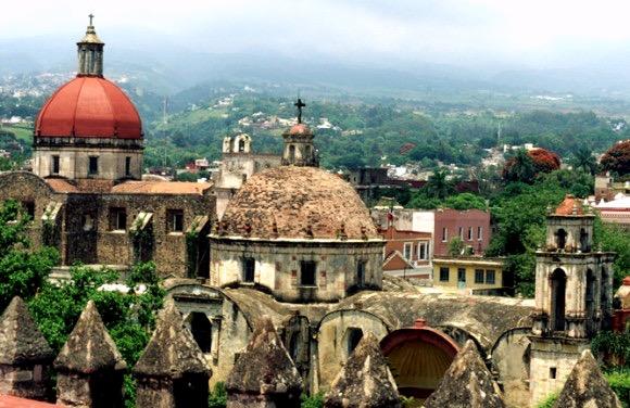 Вид на Куэрнаваку, Штат Морелос, Мексика