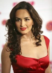 Ана де ла Регуера прибыла на церемонию вручения премии MTV