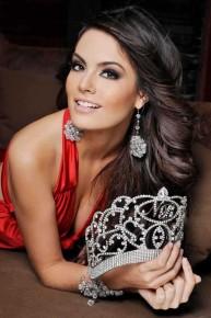 Победительница конкурса мисс Вселенная из Мексики - Химена Наваррате