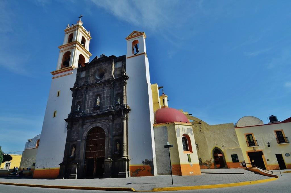Собор Сан Луис Обиспо привлекает религиозных туристов
