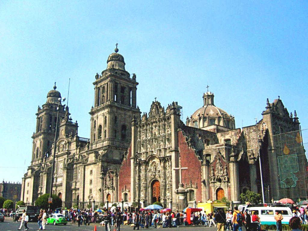 Кафедраль Успения Прясвятой Богородицы на Площади Сокало, Мехико Сити
