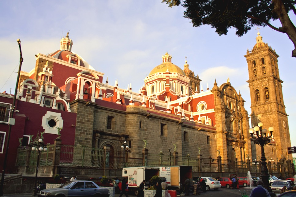 Завораживающий своей архитектурой город Пуэбла, Главный Кафедральный Собор