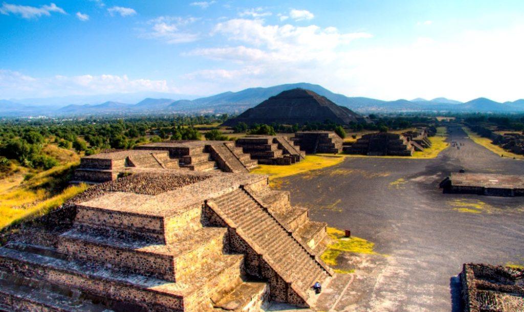 Теотиуакан, город который хранит в себе множество тайн. Мексика