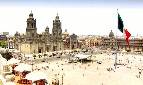 Площадь Сокало в столице Мексики