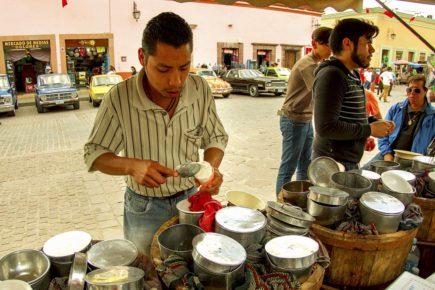 Вкуснейшее местное мороженое,Долорес Идальго, Гуанахуато
