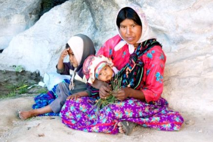 Индейская семья деревни Тараумара, Чиуауа