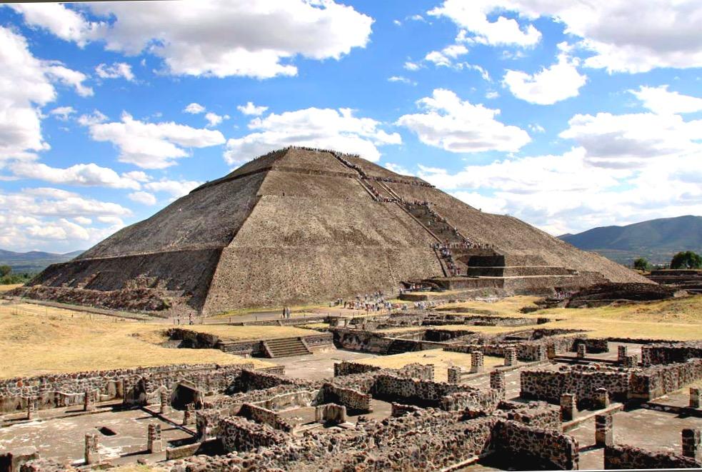 Самая высокая пирамида Солнца, древний индейский город Теотиуакан, Мексика