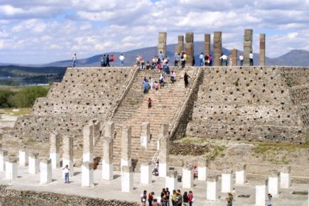 Пирамида Утренней Звезды в древнем городе Тула, Мексика