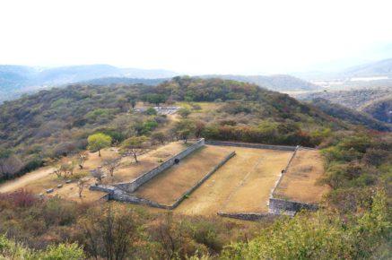 Поле Пок-та-пок для игры в мяч, город Шочикалько, Мексика