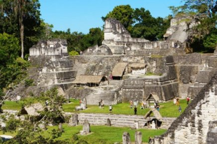 Северный Акрополь цивилизации майя Тикаль, Гватемала
