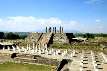 Храм Кетцалькоатля в Древнем городе тольтеков Тула, пирамиды Мексики