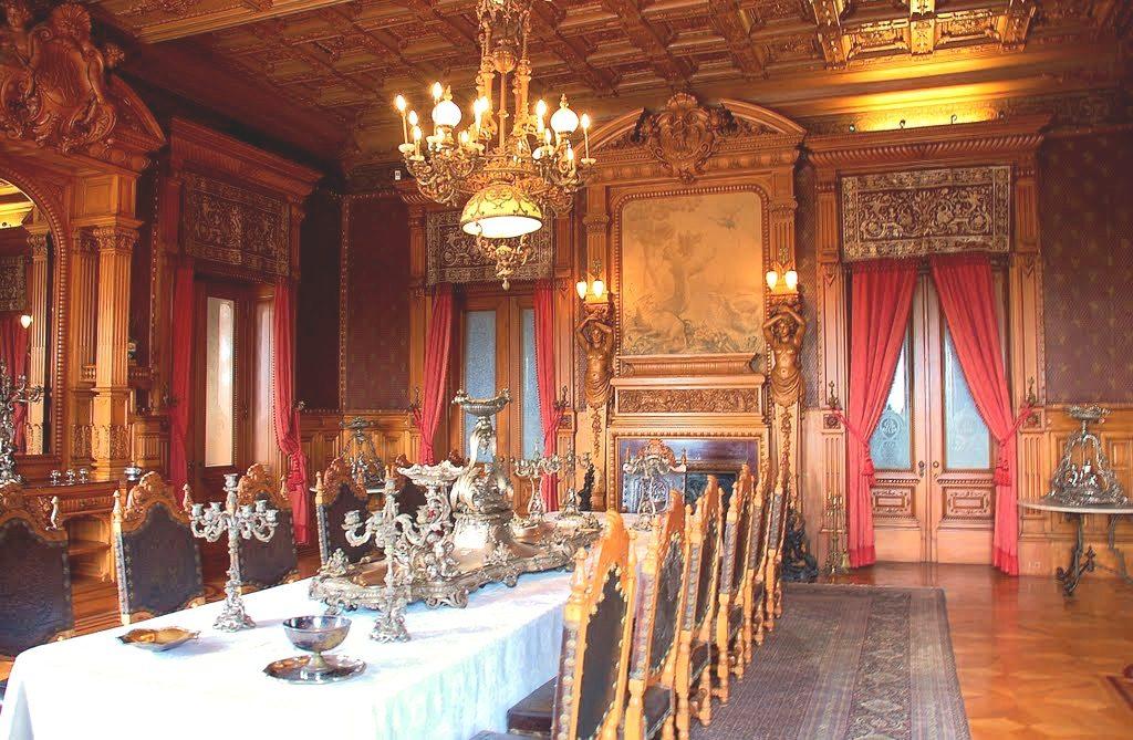 Столовая императора Максимилиана, резиденция замок Чапультепек, Мехико Сити