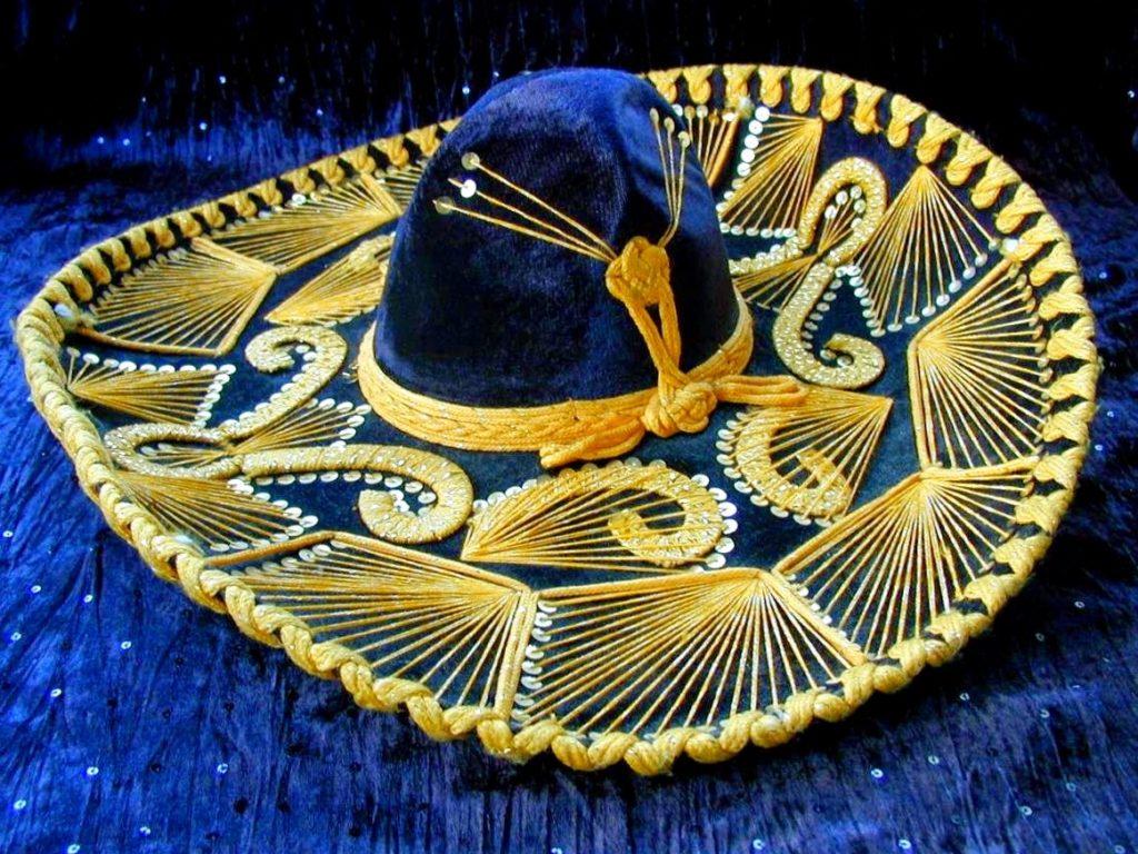 Праздничное бархатное мексиканское сомбреро, главный сувенир Мексики
