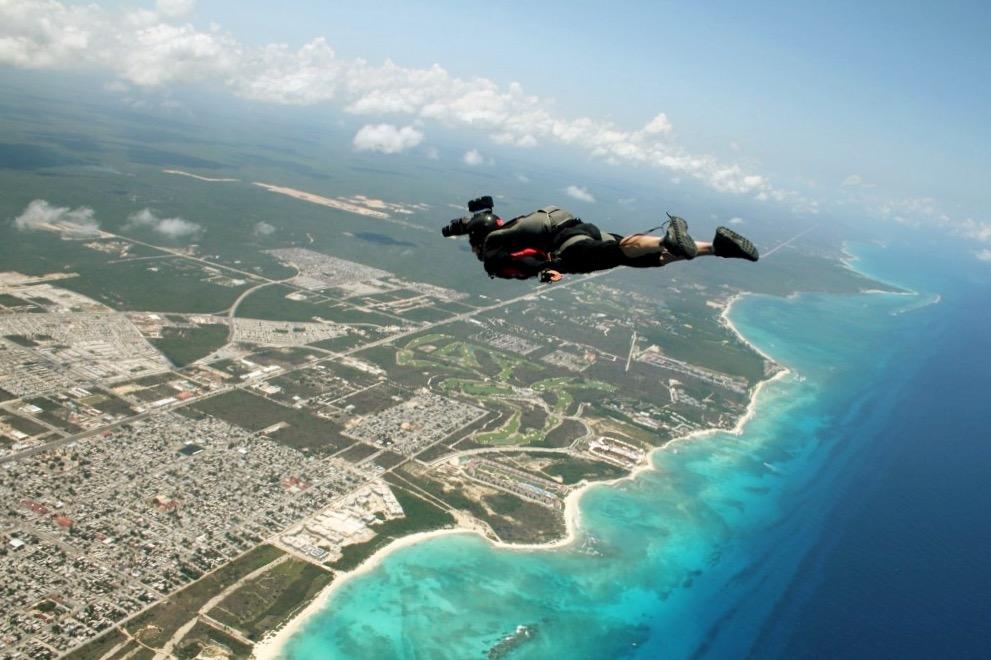 Скайдайвинг покажет вам незабываемые краски Карибского моря, Канкун и Ривьера Майя