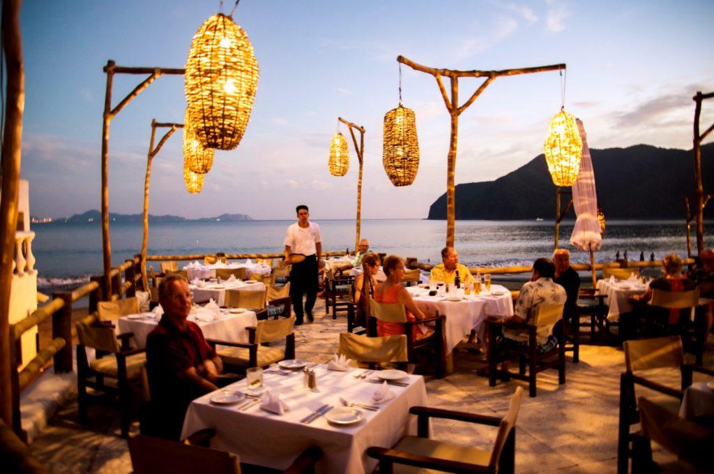 Рестораны мексиканской кухни на берегу Тихого океана, Колима, Мексика