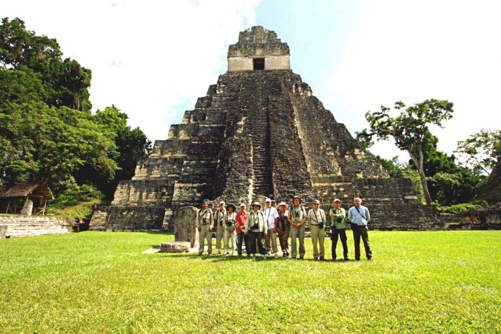 Экскурсии в древний город индейцев майя Тикаль, Гватемала