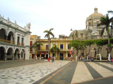 centralnaya-ploshhad-stolicy-shtata-verakrus-xalapy-meksika