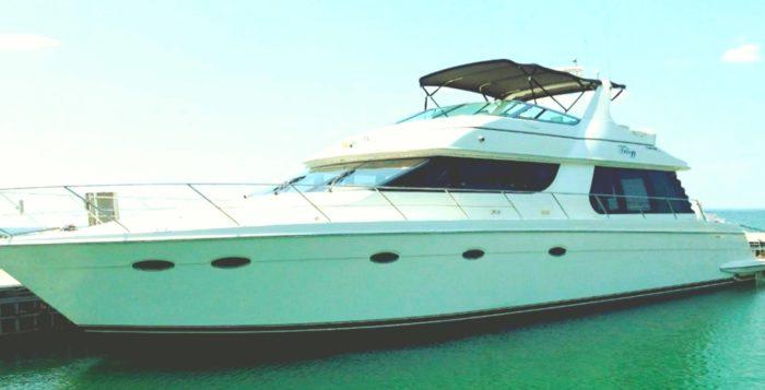 Индивидуальные экскурсии на яхте по Карибскому морю в акватории Канкуна