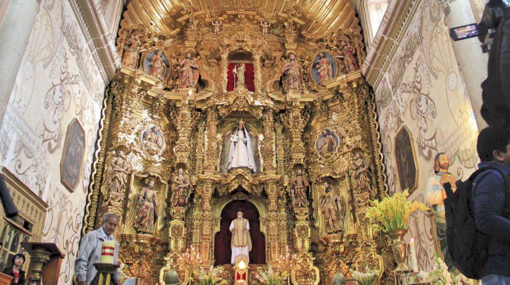 Алтарная зона Храма Сан Фелипе Нери, Оахака
