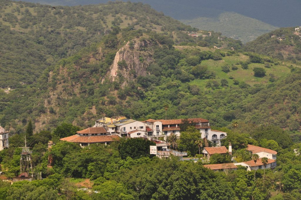 Асиенда и серебряная шахта в предместье Таско