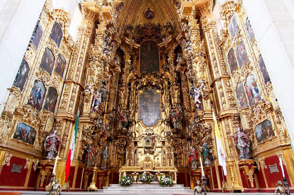 Иконостас в Кафедральном соборе