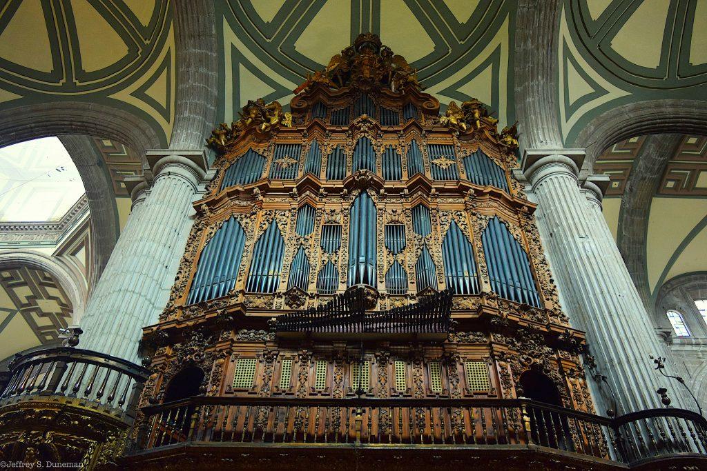 Орган в Кафедральном соборе Мехико