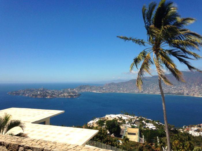 Потрясающий вид на город Акапулько