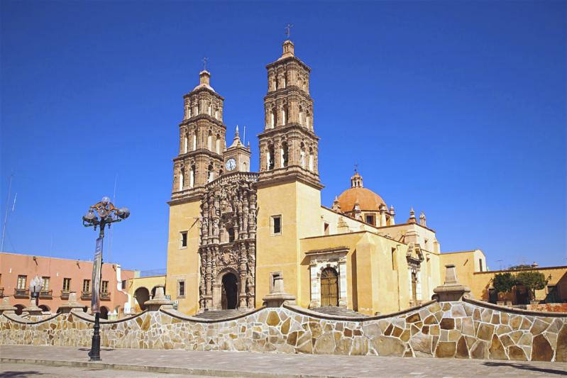 Католический храм Долорес Идальго