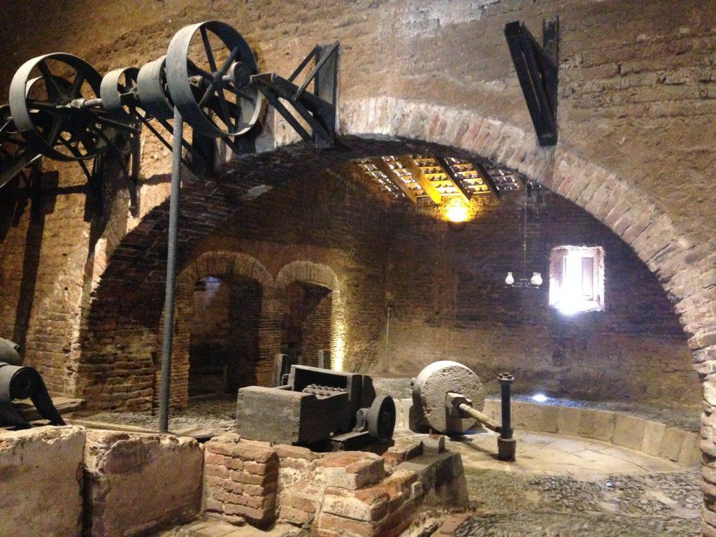 Старинное помещение фабрики по изготовлению текилы