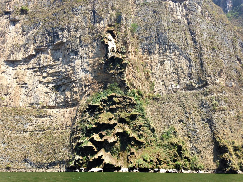 """Водопад """"Рождественское дерево"""", каньон Сумидеро"""