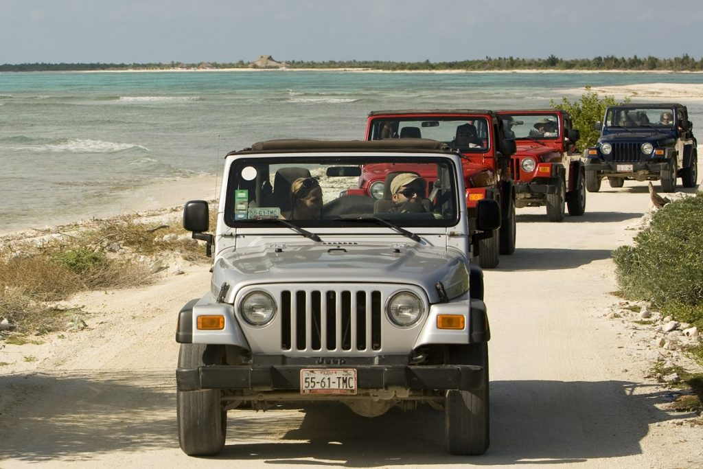 beach-jeep