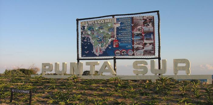punta_sur_park_cozumel_mexico_sign