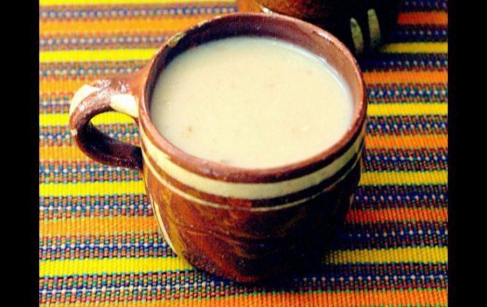 Атоле-де-гранильо напиток из кукурузы, штат Чьяпас, Мексика