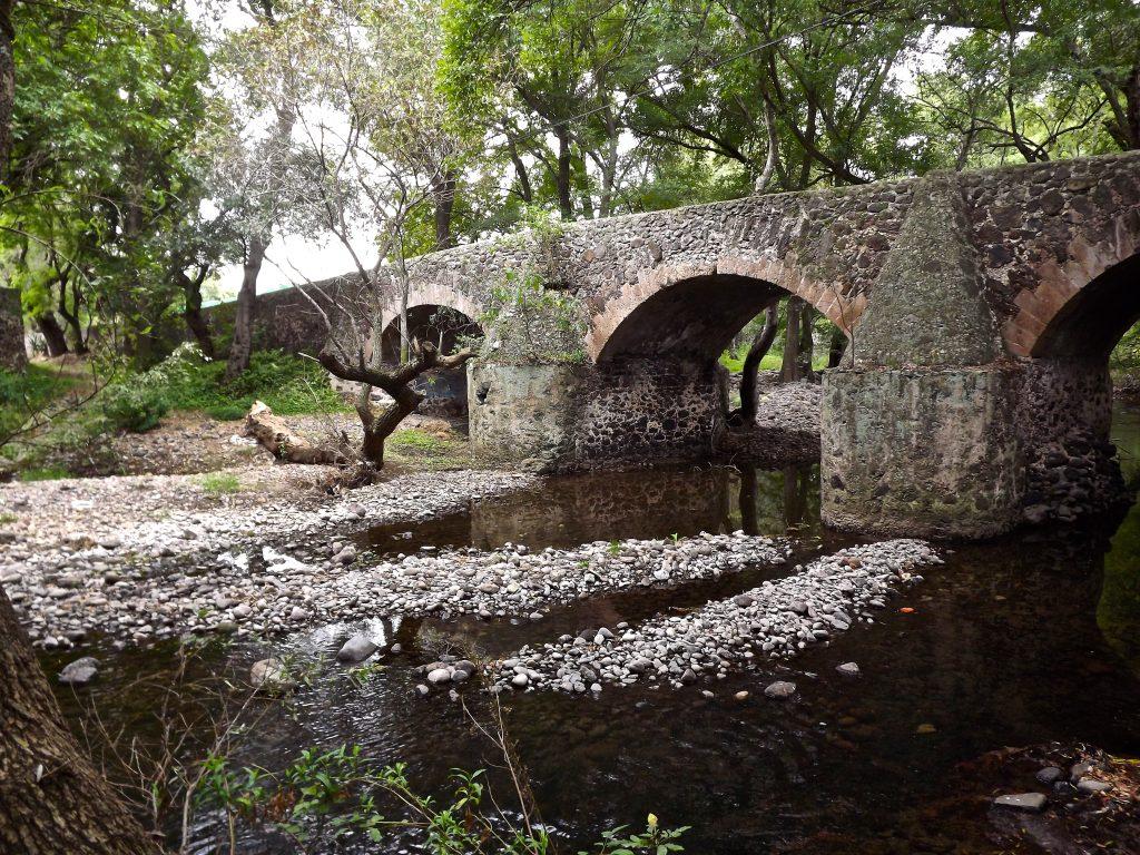 Мост Идальго или Мост Вздохов.
