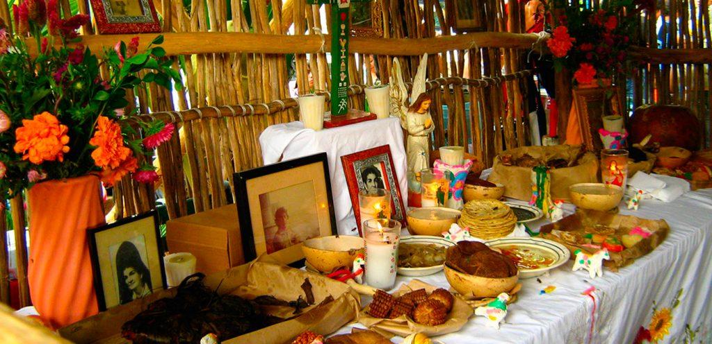 «Ханал Пишан» майя обозначали традиционную пищу, приготовленную для умерших родственников.
