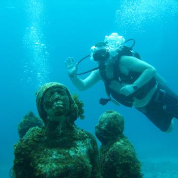 Музей подводных скульптур в Мексике. Канкун.
