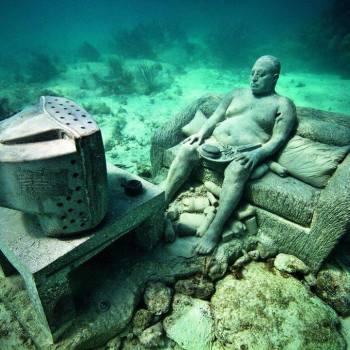 Телевизор под водой