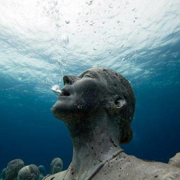Фигура. Подводный музей.