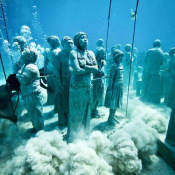 Первые скульптуры для музея под водой. Какнун
