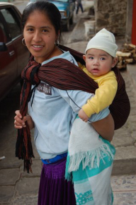Ребенок с матерью. Мексика