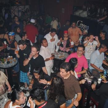 Конго бар, ночная жизнь Канкуна, куда сходить в Канкуне Мексика