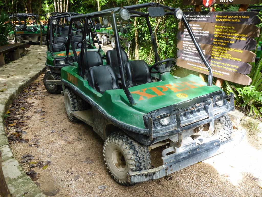Машинка-амфибия готова к путешествию