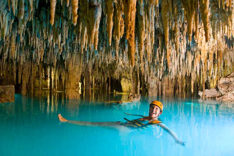 Изучение подземной реки в Эксплоре. Парк экстрима Эксплор. Xplor
