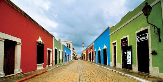 Цветастые улочки Кампече. Мексика